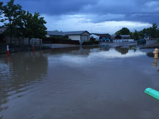 635695419844816109-REN0610-LC-dayton-flooding-4