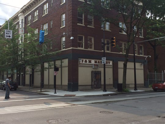 The building at 33 Green St. is expected to be redeveloped into 18 apartments and one commercial space.
