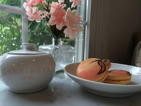 Peaches and cream macaroons at The Cake Bake Shop.