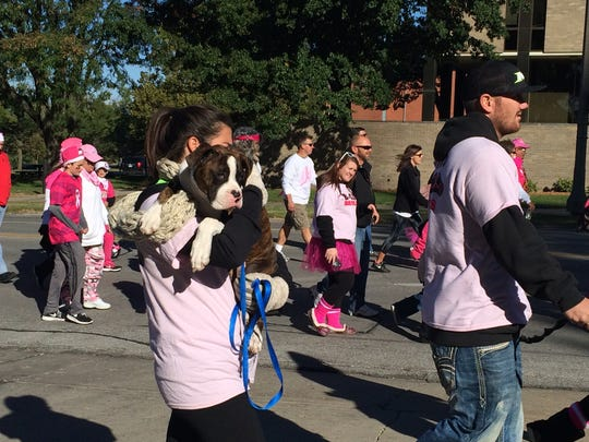 Iowans participate in the 2015 Race for the Cure at