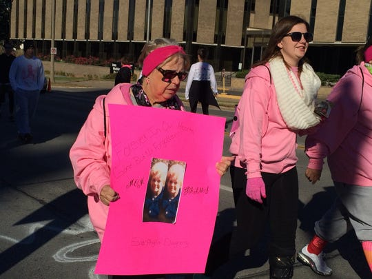 Iowans participate in the 2015 Race for the Cure in