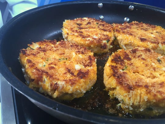 These monster pumpkin crab cakes would be delicious