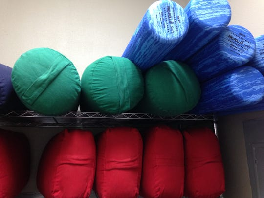 Tools for modification, such as pillows, foam rollers