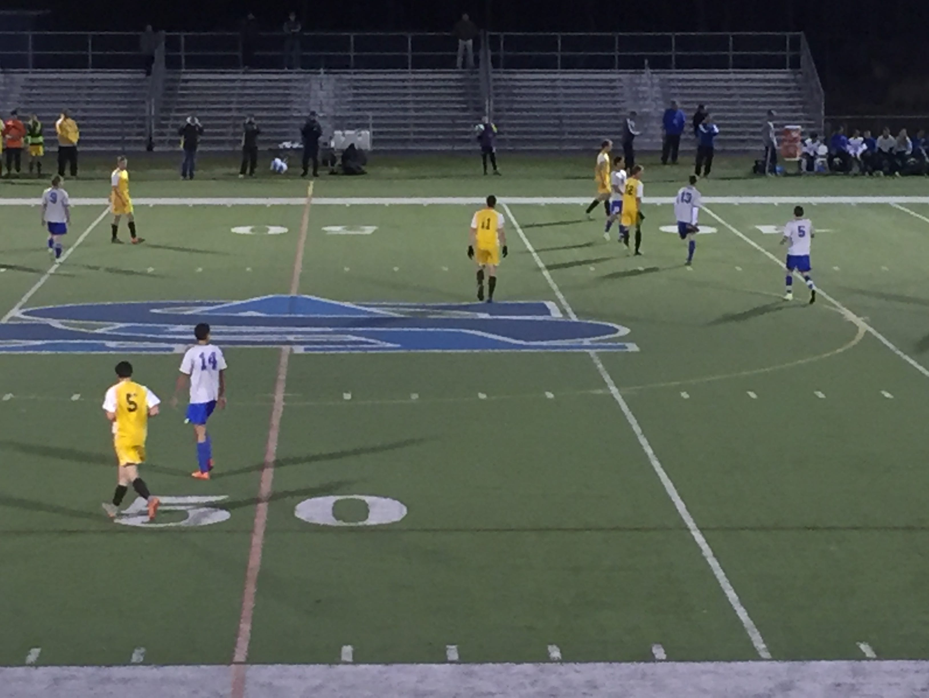 Holmdel boys soccer vs Delran in an NJSIAA Group 2 state semifinal on Tuesday, Nov. 17, 2015 at St. Augustine Prep High School