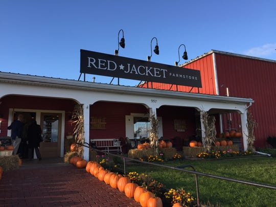 Red Jacket Orchards is a 20-minute drive from the Waterloo Premium Outlets.