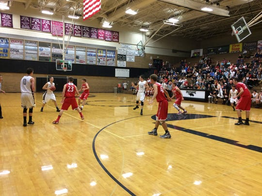 Pine View held off a furious Manti rally to win the