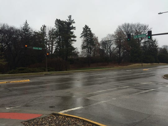 The intersection of Lincoln Way and Ash Avenues in