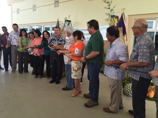 Island leaders, farmers and family of the late Sen.