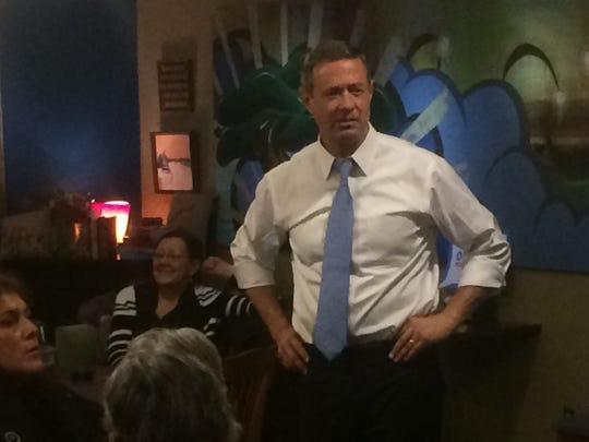 O'Malley speaks Tuesday night at Prairie Blue, an art gallery in Jefferson.