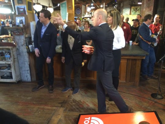 "Matt Lauer turned out to be a cornhole champ during a Cy-Hawk showdown during the ""Today"" show at West End Architectural Salvage."