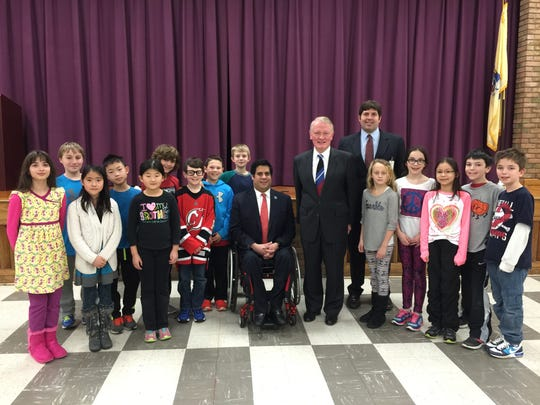 Congressman Lance, Freeholder Scaglione, Hamilton School Principal Daniel Fonder and representatives from the fourth-grade class: Matthew Baxter, Kade Burns, Nora Gallion, Gracelynne Hao, Cole Januzzi, Matthew Jaskiewicz, Jonathan Jentis, Ashley Luo, Sophia Maslo, Matthew Pelc, Thomas Pinchinson, Shane Sawin, Isabella Scaglione and Evan Xie.