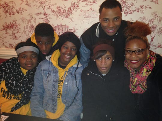 Left to right first row: Yasmine Davis, Sedthwam Thomas,Keionna Cheatham, Carrie Ware (left to right, first row) and  Rickey Haley, Jakendrick Beaudion (second row) at Mount Vernon Inn on  Washington, D.C. trip.