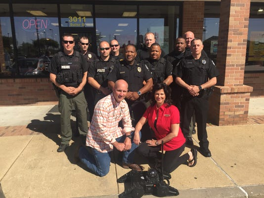 635956434550736140-Group-photo-of-Firehouse-Subs-franchisees-Greg-and-Jennifer-Burke-and-Bossier-City-Police-Department-personnel-with-the-Robotex-AVATAR-II-tactical-robot..JPG