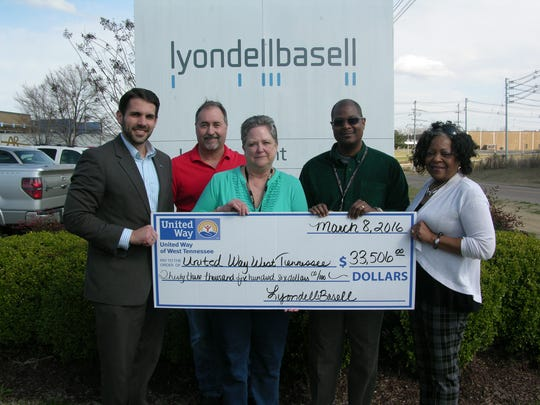 LyondellBasell Jackson Facility presents a check to United Way of West Tennessee as part of its 2015 campaign. (Left to Right) Scott Conger, President & CEO of UW of West TN; Tim Stroud LyondellBasell Logistics Supervisor and co-chair of campaign; Rebecca White, LyondellBasell Jackson Site Manager; Ray Powell - HSE Manager and co-chair of campaign; Pat Ross – UW of West TN Senior Resource Director