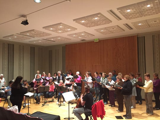 Pro Musica rehearses alongside the Wausau Area Youth