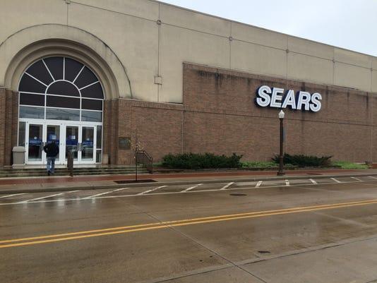 635985746369513170-Sears-exterior-1.jpg