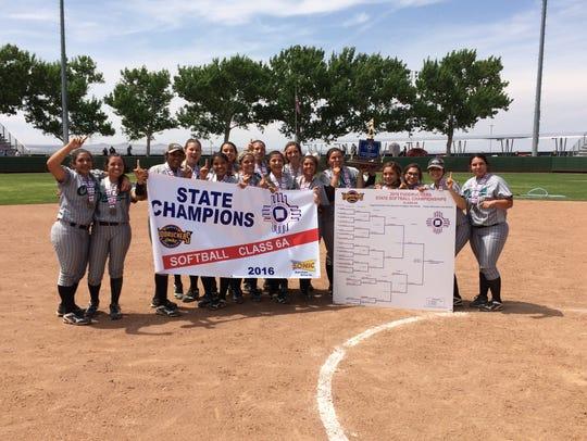 Oñate softball wins first state championship