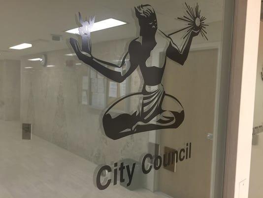 635991882698976120-City-Council.jpeg
