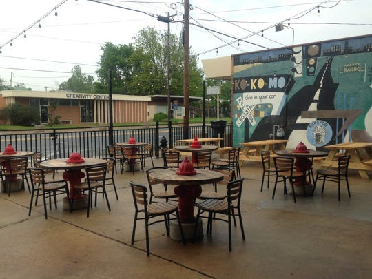 Flying Heart Brewing's patio in Bossier City.