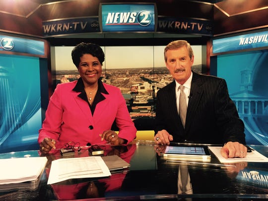 In 2015, Anne Holt and Bob Mueller share the anchor desk  at News 2.