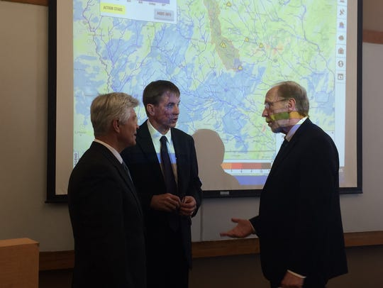 Rep. Dave Loebsack, right, speaks with IIHR-Hydroscience