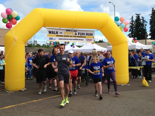 Runners kick off the sixth annual Union Gospel Mission Walk for Hope and Fun Run in downtown Salem June 11, 2016.