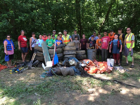 01-CGO-0628-Paint-Creek-cleanup.JPG