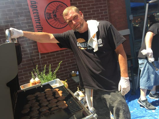 Between the Bun owner Scott Sims will be at the 2016 Indy Burger Battle to defend his 2015 people's choice title.