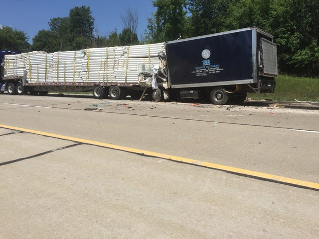 Police: Owosso man, 39, dies in I-96 crash in Howell Twp.