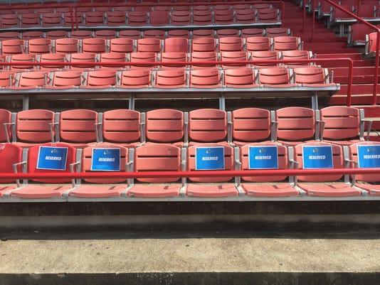 636050655482118888-seats10.JPG