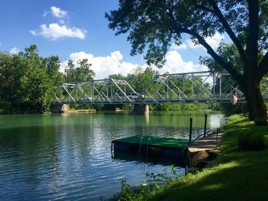 636059398402471379-Ozark-bridge.jpg