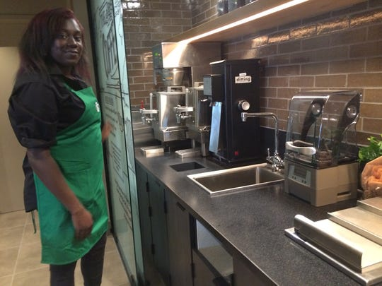 Starbucks barista Riyahna Outlaw, 26, has been with