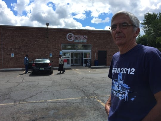 Part-time grocery stocker Bill Lucas said Monday he'll probably retire, after the Geyer's on Diamond Street in Mansfield closes later this week.