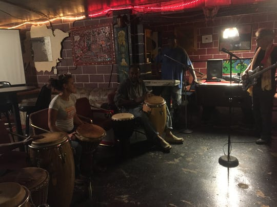 Rehearsal for the Shreveport Common song at the H& H Lounge on Hope Street