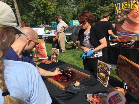 Nueske's serves up bacon at Beer and Bacon Fest.