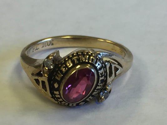 636107418553227377-WHS-ring.jpg