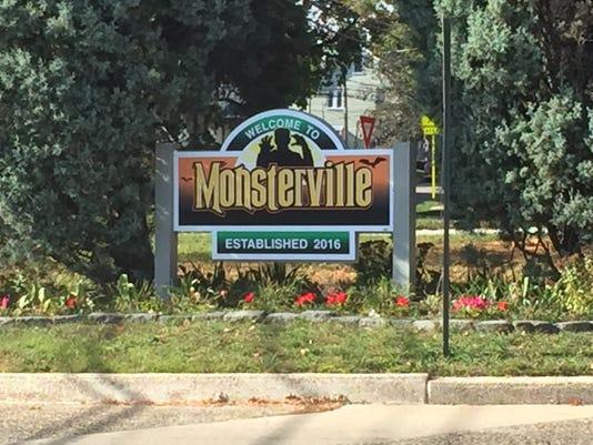 636130910590257124-monsterville.jpg