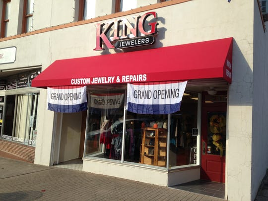 King Jewelers holds a ribbon cutting at 11 a.m., today, at 217 N. Liberty St.