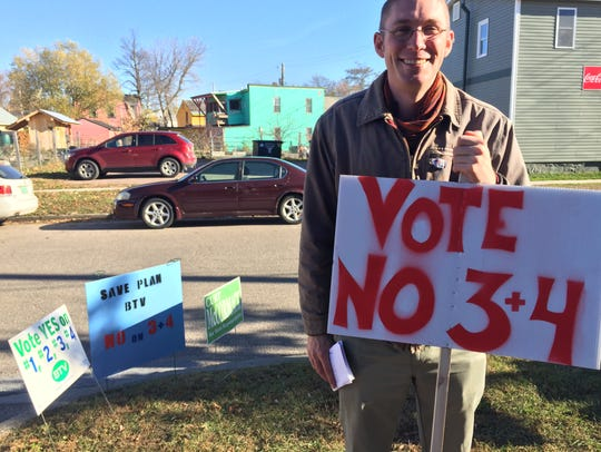 Burlington City Councilor Max Tracy urges Ward 2 voters