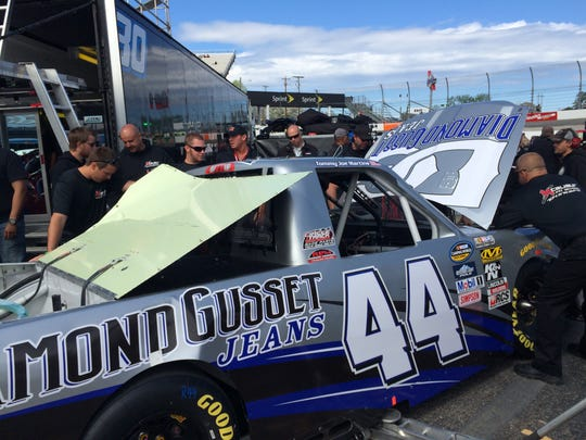 Diamond Gusset Jeans sponsors Martin's Motorsports (#44) in the NASCAR Camping World Truck Series.