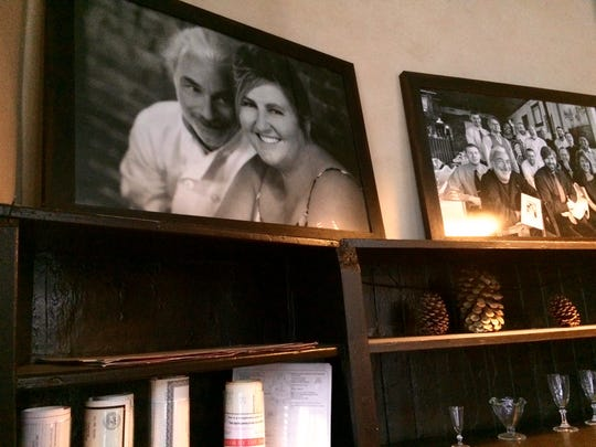 A photo of Craig and Marcia Jervis rests on a shelf
