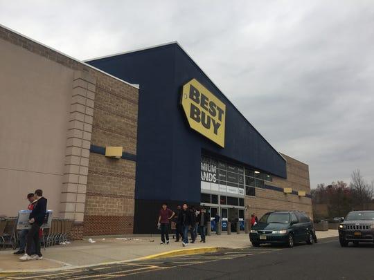 A group of shoppers leaving Best Buy in Bridgewater