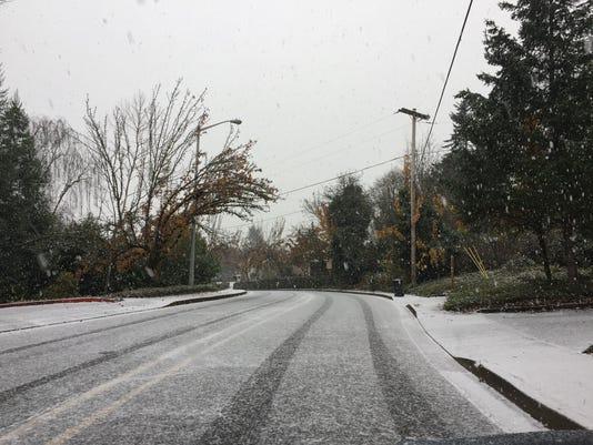 636168003168801892-snow.jpg