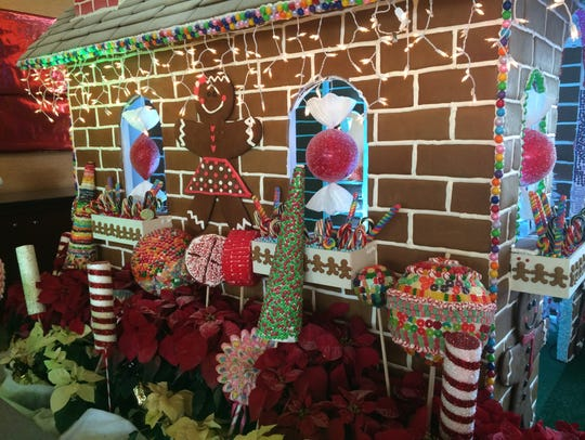 A life-siez gingerbread house at JW Marriott Desert