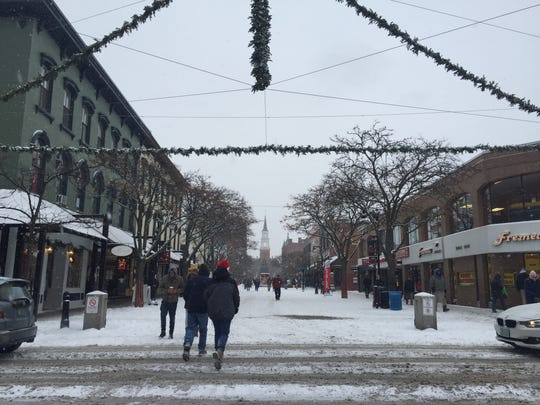 Plenty of shoppers were out on Church street in Burlington, regardless of the snow, or maybe because of it, on Sat., Dec. 17, 2017.