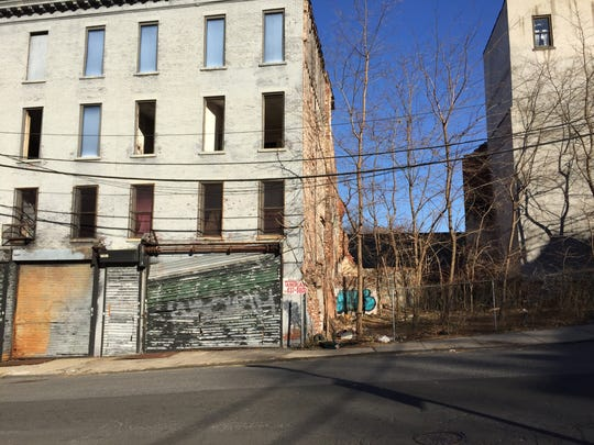 Yonkers redevelopment begins to move up N  Broadway