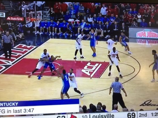 Donovan Mitchell's quick arrival at Malik Monk's side led to a challenged shot that Monk missed.