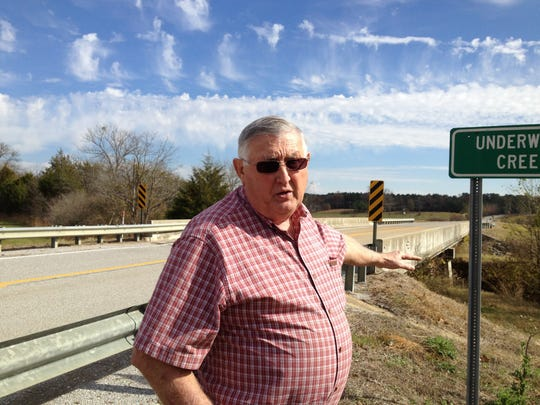 Wesley Turnage pointed to the area where he and Felix Vail were traveling Mississippi 46 when he heard Vail say what sounded like a confession to killing his late wife, Mary Vail.