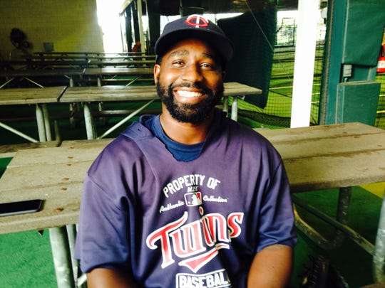 Riverdale graduate and former minor leaguer player Tommy Watkins has been named the new manager of the Cedar Rapids (Iowa) Kernels.