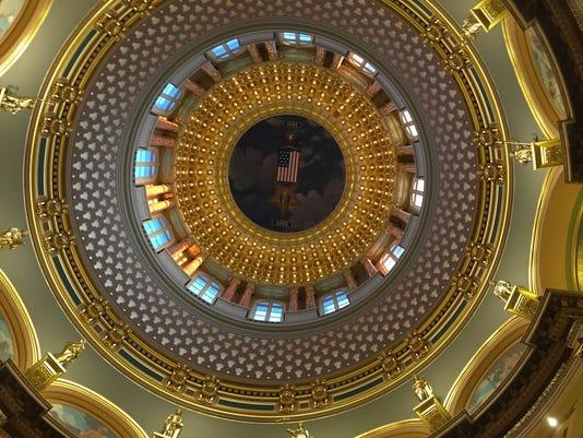 636192184007721635-Iowa-Dome.jpg